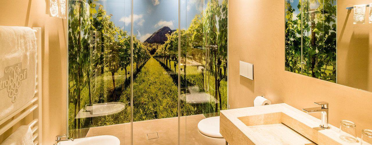 Zimmer und Suiten Hotel Stroblhof - Südtirol, Eppan, Weinberge, Obstwiesen
