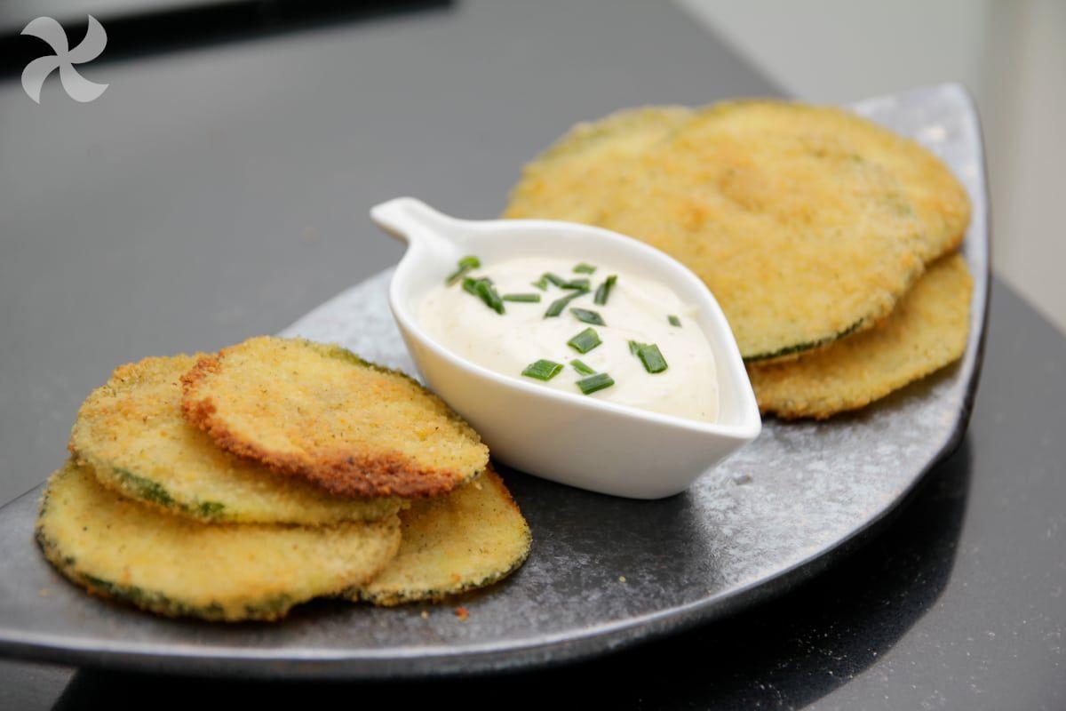 Crujientes Y Sabrosos Chips De Calabacín Cocinados En El Horno Receta Chips De Calabacín Recetas De Comida Comida Sana Recetas