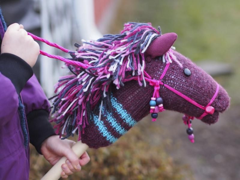 How to Make a Stick Horse Pattern | eHow.com #horsepattern How to Make a Stick Horse Pattern #horsepattern