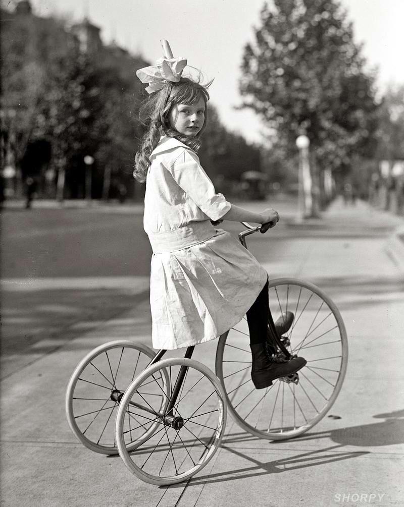 черно белые ретро фото велосипеды срабатывает при