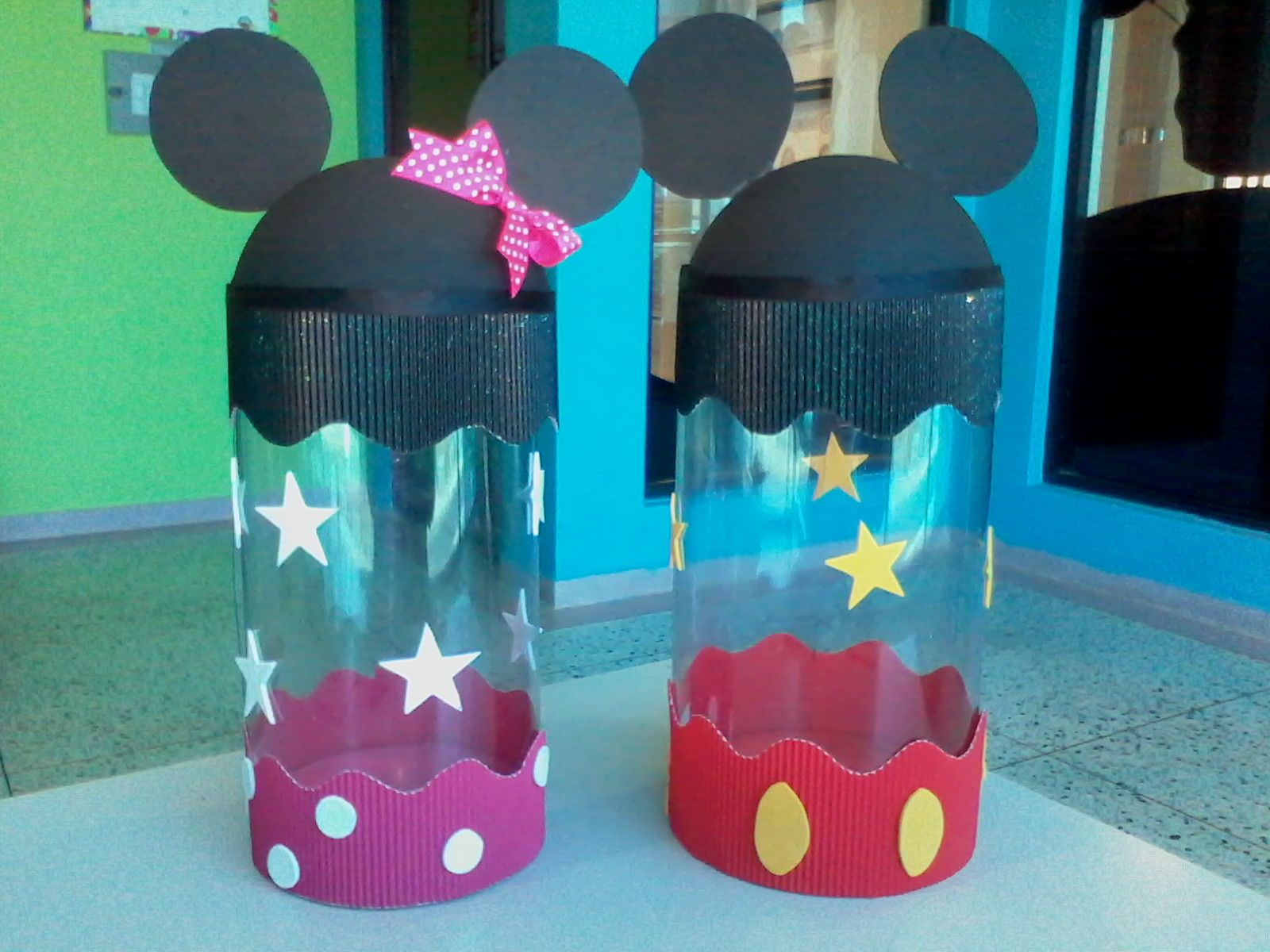 Cotill n de minie y mickey mouse manualidades - Manualidades minnie mouse ...
