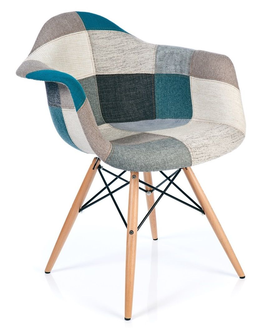 Chaise patchwork xl style bleu chaises pinterest for Chaise eames bleu canard