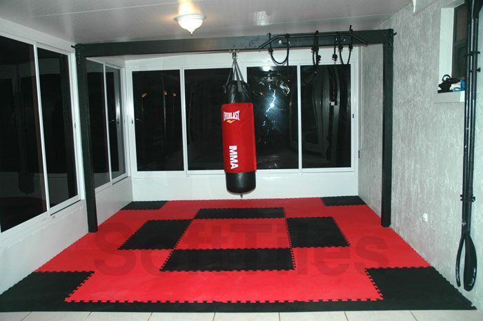 Softtiles interlocking foam mats for the floor in gym