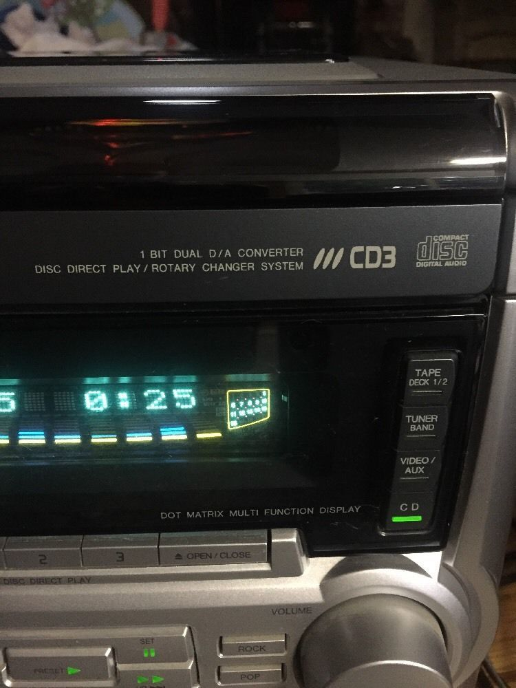 Aiwa 3 CD Changer Duel Cassette Stereo With Remote CX NA555 Digital Audio System In Consumer Electronics TV Video Home Stereos