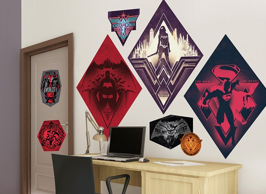 Celebrate Your Batman V Superman Dawn Of Justice Fandom With This