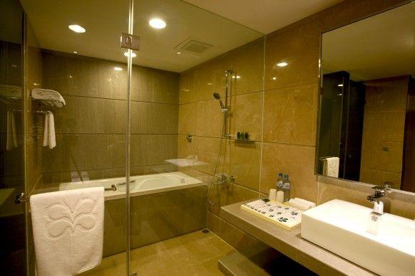 Nikko Saigon 5 Star Luxury Hotel Bath Room Http Www