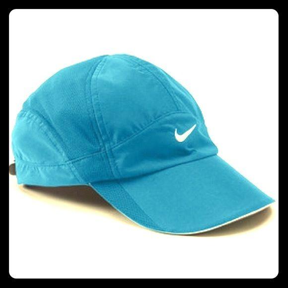 Women S Featherweight Nike Dri Fit Cap Nike Dri Fit Fitted Caps Dri Fit