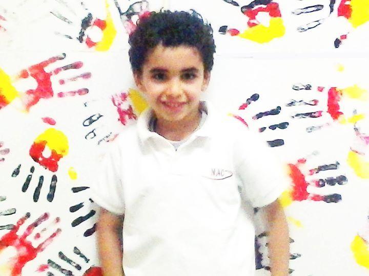Abdol Rahman. Schüler in Narmer American College ist ein De- Club-Fan.