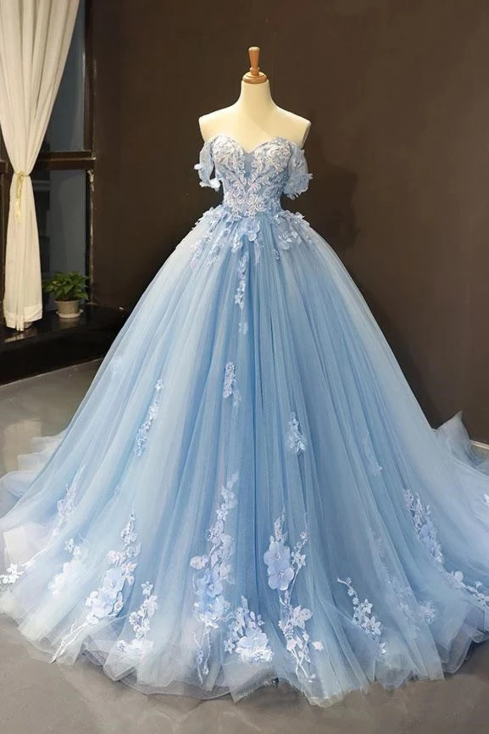 Light Sky Blue Off The Shoulder Ball Gown Tulle Prom Dress With Applique
