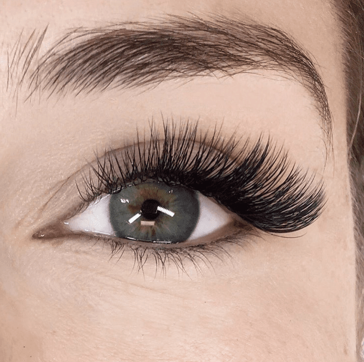 Photo of The Most Flattering Lash Extensions to Get, According to Your Eye Shape