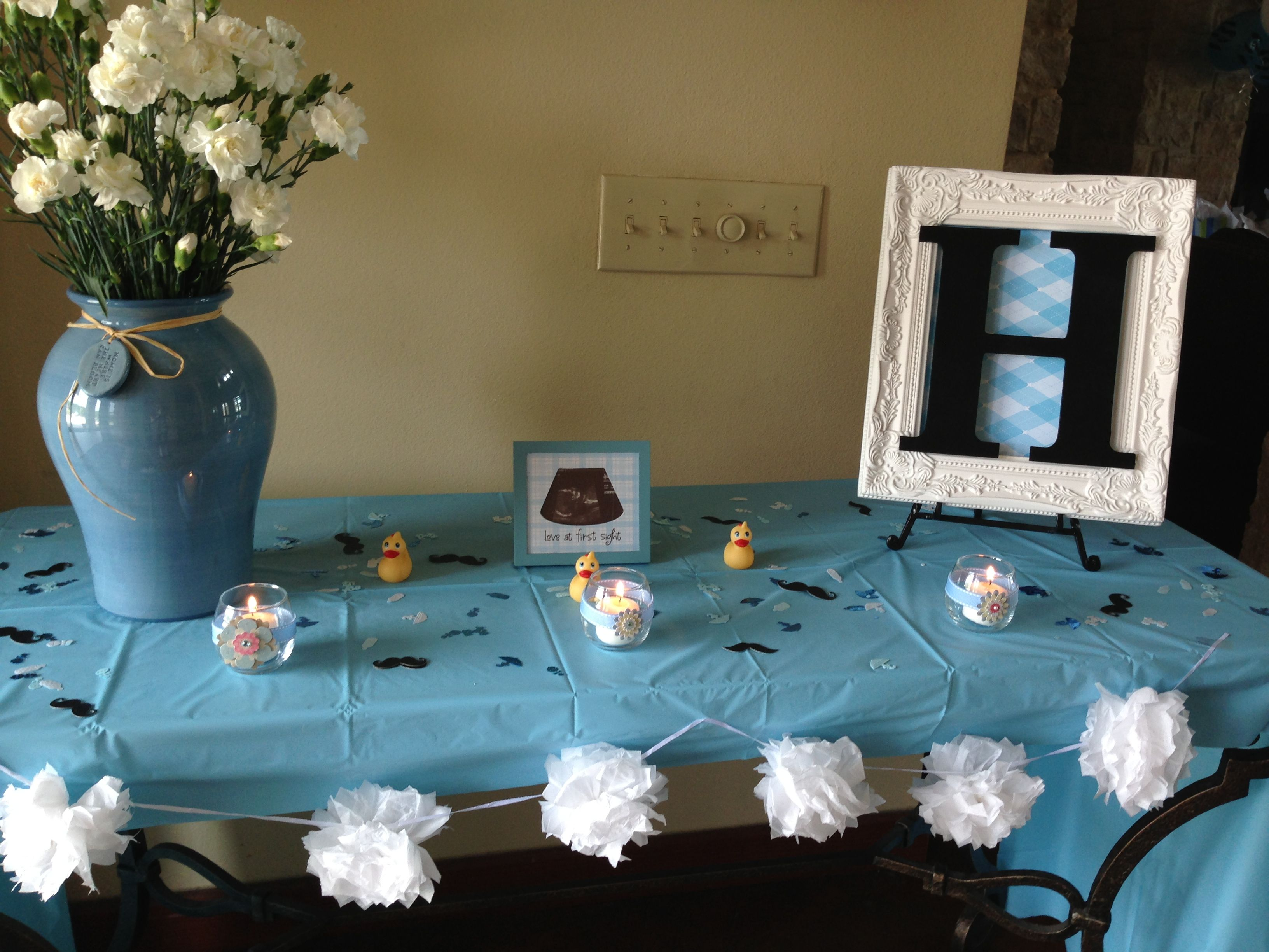 boy baby shower- entry table | baby shower ideas | baby boy shower