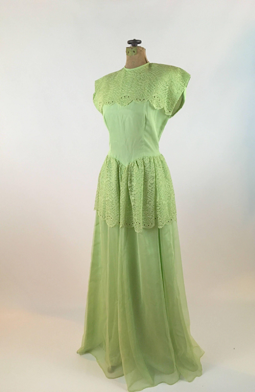 1940s Dress Vintage 1940s Green Gown 1940s Gown Etsy 1940s Fashion Women 1940s Dresses Vintage Dresses [ 3000 x 1954 Pixel ]