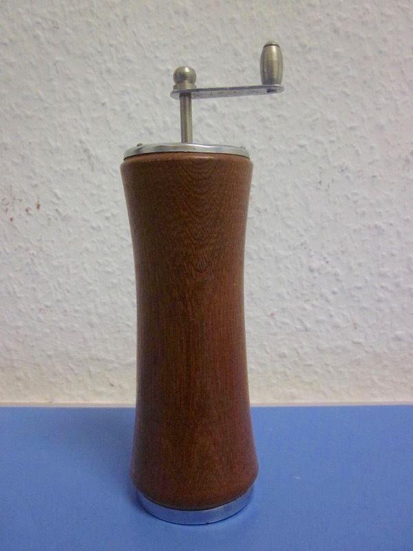 Danish modernist style pepper mill grinder TEAK - era Quistgaard 50s 60s