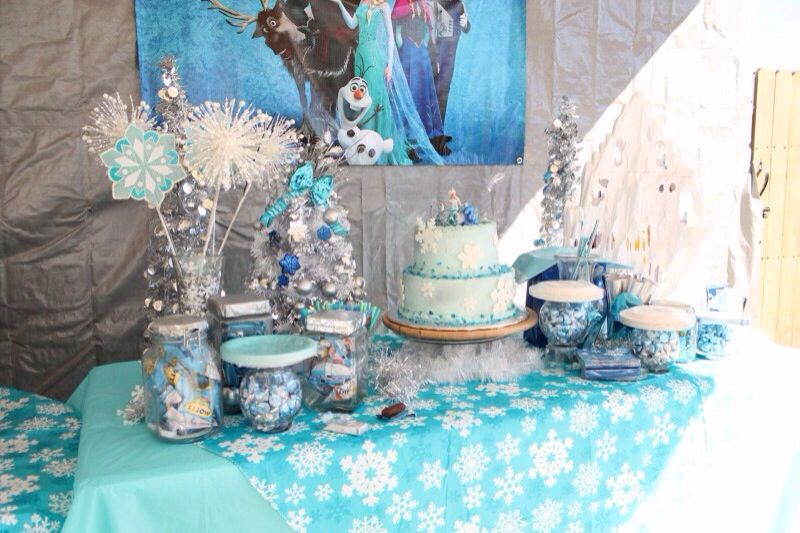 Disney Frozen Party Cake Candy Table Frozen Birthday Theme Frozen Party Cake Frozen Theme Party