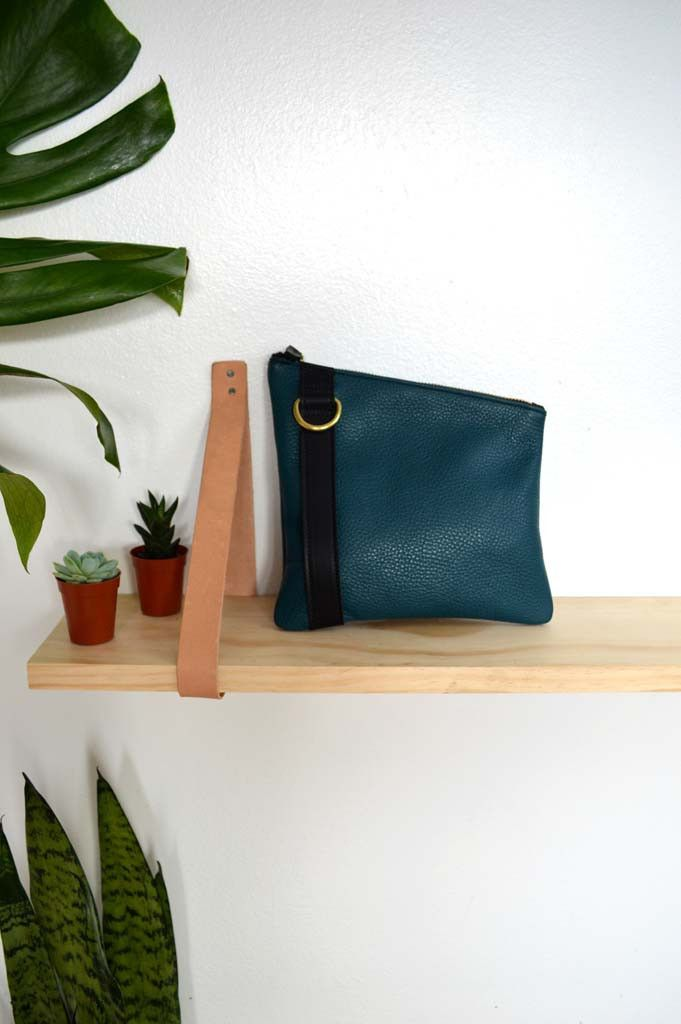 Franny Pouch in Teal