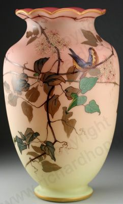 ANTIQUE GLASS MAKERS. c.1900 THOMAS WEBB & SONS QUEENS BURMESE ENAMELLED VASE. To visit my website click here: http://www.richardhoppe.co.uk or for help or information email us here: info@richardhoppe.co.uk