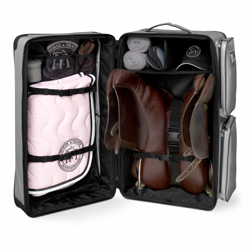 Malle Equitation Malle De Concours Travel Bag Color En 2020 Mode Equestre Tapis Equitation Equitation