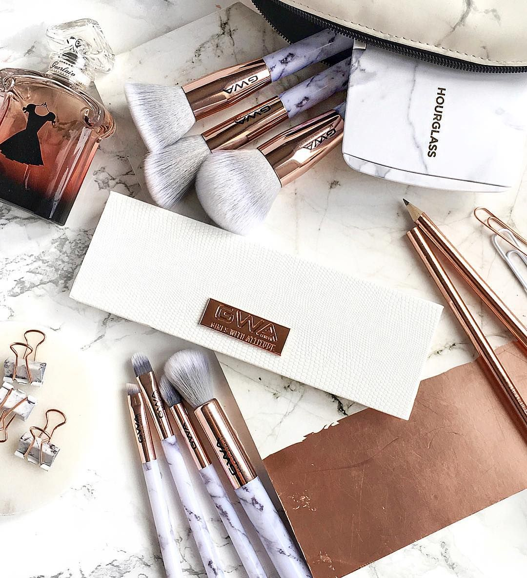 25 off GWA Makeup Brush Sets including the musthave