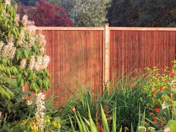 Types Of Garden Fences With Images Garden Fencing Natural