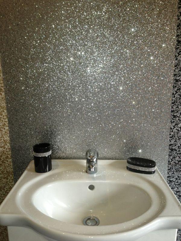 Silberne Wandfarbe 24 Unglaubliche Bilder Silver Wallpaper Bathroom Glitter Bathroom Silver Paint Walls