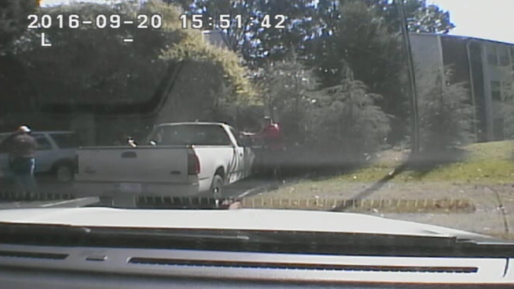 Warning, graphic content: Dashboard and body camera video of the shooting of Keith Lamont Scott