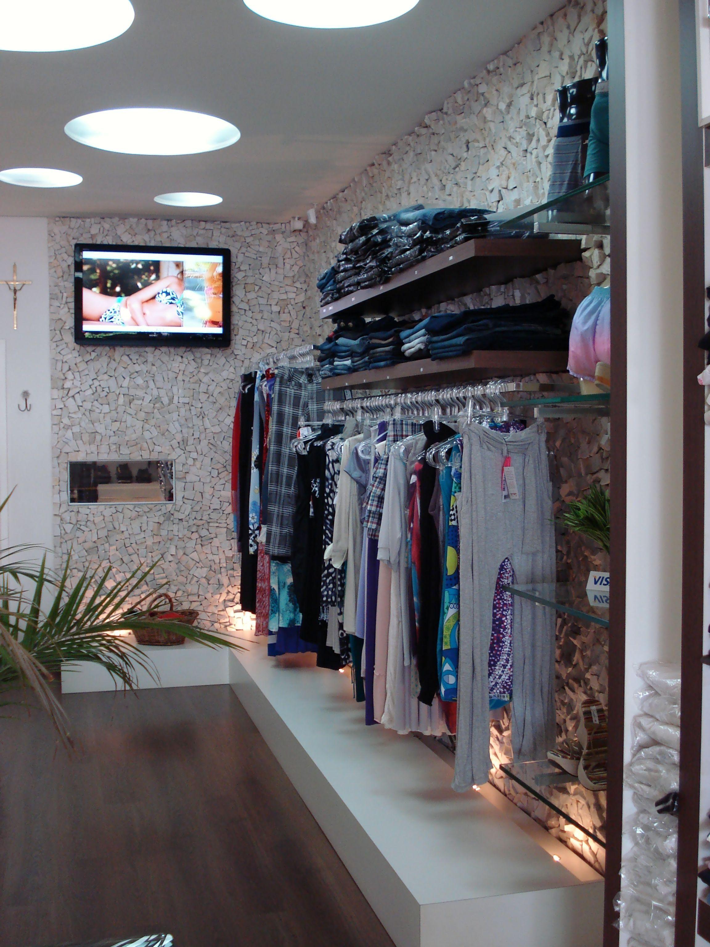 projeto de marcenaria para lojas de roupas pequenas Pesquisa Google Projetos de marcenaria  # Decoracao Para Loja Feminina Pequena