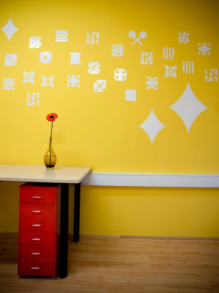 Colorful Offices of Creative Studio 3FS | Mexican pattern, Wall ...