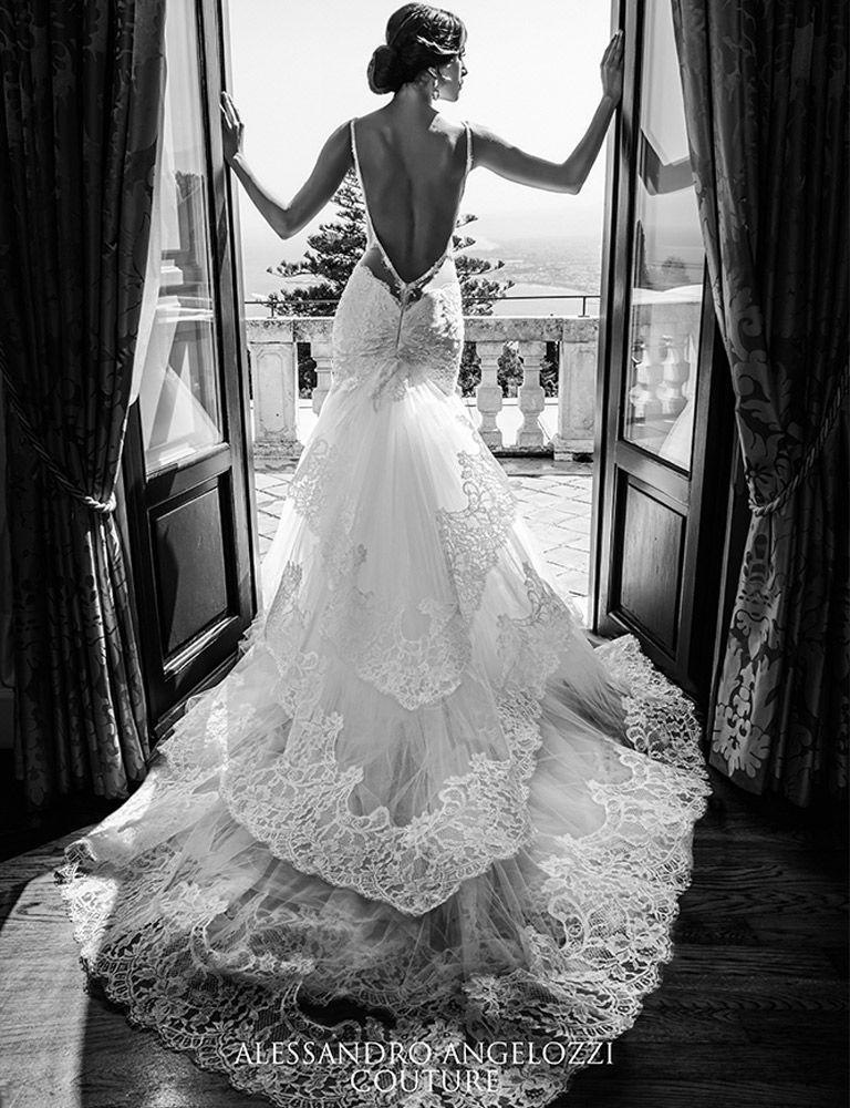 Vestiti Da Sposa Quanto Costano.Quanto Costano Gli Abiti Da Sposa Di Alessandro Angelozzi Abiti