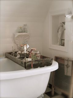 anyone who has a claw foot tub knows that a cool tray is a must!