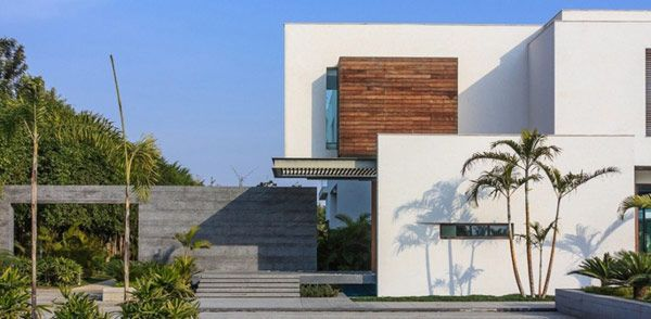 South court villy is the name of this modern farmhouse designed by dada partners for new delhi india main goal was to design exterior to