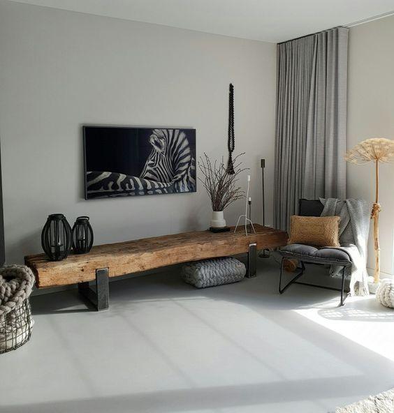 Op zoek naar een nieuw tv meubel want de nieuwe kast past niet in ons nieuwe huis! #woonkamerideeen