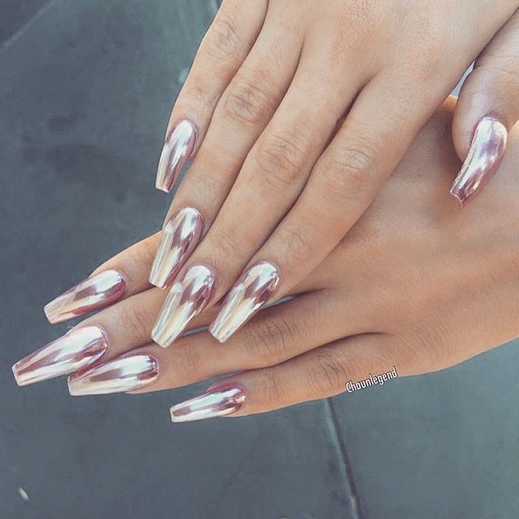 Pin by GlamFashionLuxe on N a i l s | Pinterest | Chrome nails ...