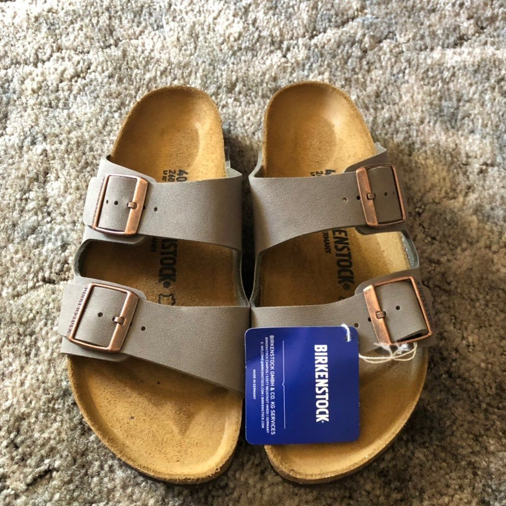 In The Color Stone In Narrow Width Size Eu 40 In Us 9 9 5 The Classic Footbed Sandal Look From Birkensto Birkenstock Footbed Sandals Birkenstock Sandals