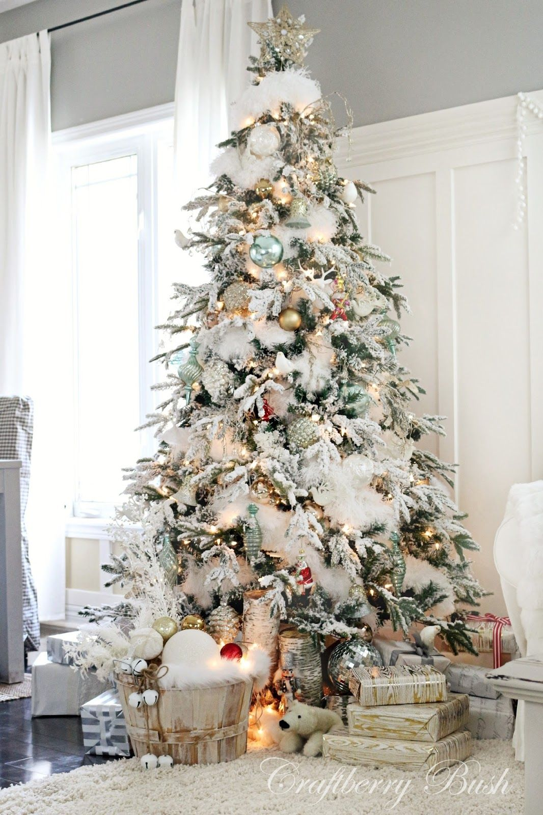 christmas inspiration house tour 2014 flocked tree craftberry bush - Flocked Christmas Tree Decorating Ideas