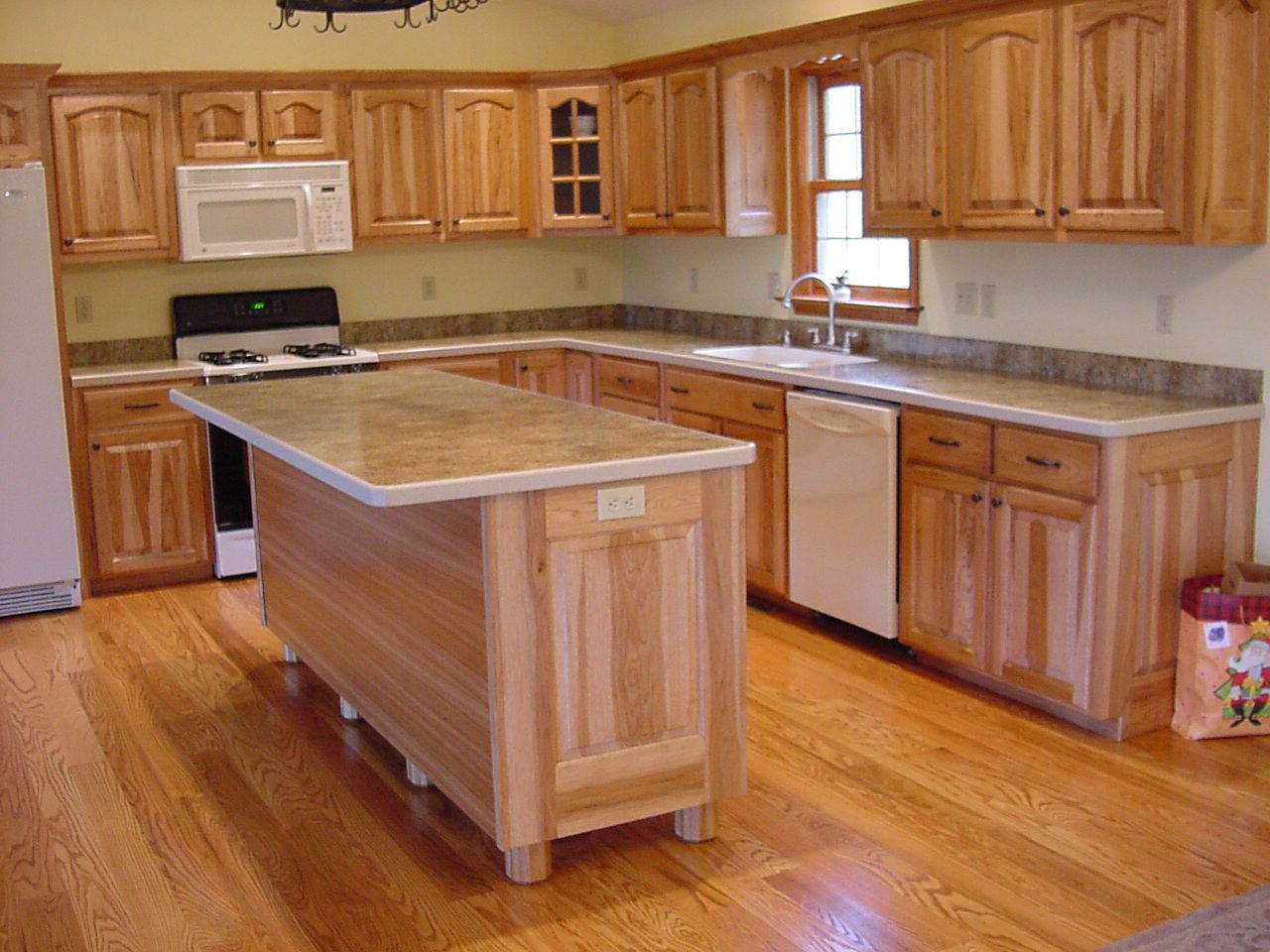 Countertops laminate countertops with decorative wood edge new condo paint designs Kitchen countertop choices