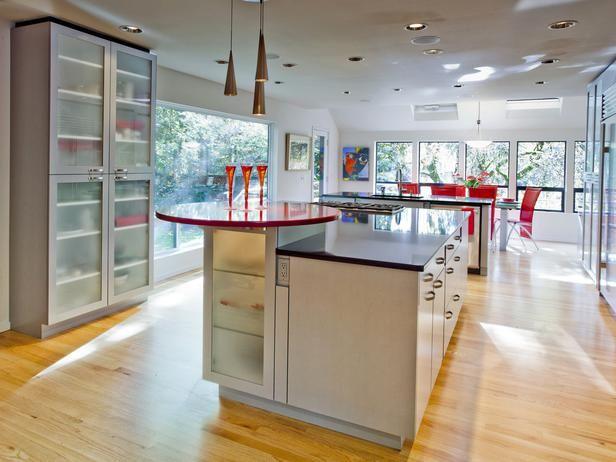 Large Windows Around The Perimeter Of This Efficient Two Island Kitchen By Linda Evans Ckd Make It A Pleas White Modern Kitchen Stylish Kitchen Home Kitchens