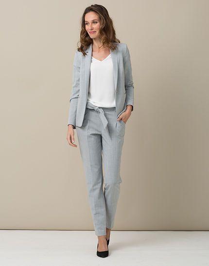 pantalon de tailleur gris clair ruche tailleurs pinterest ruches gris clair et tailleur. Black Bedroom Furniture Sets. Home Design Ideas