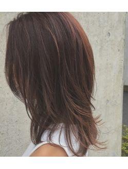 トワイライトピンクアッシュ ミディアムレイヤーでこなれ女子 髪型