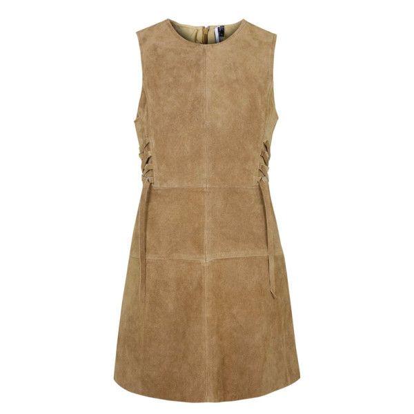 The Universally Flattering Dress Trend We Love   The Zoe Report