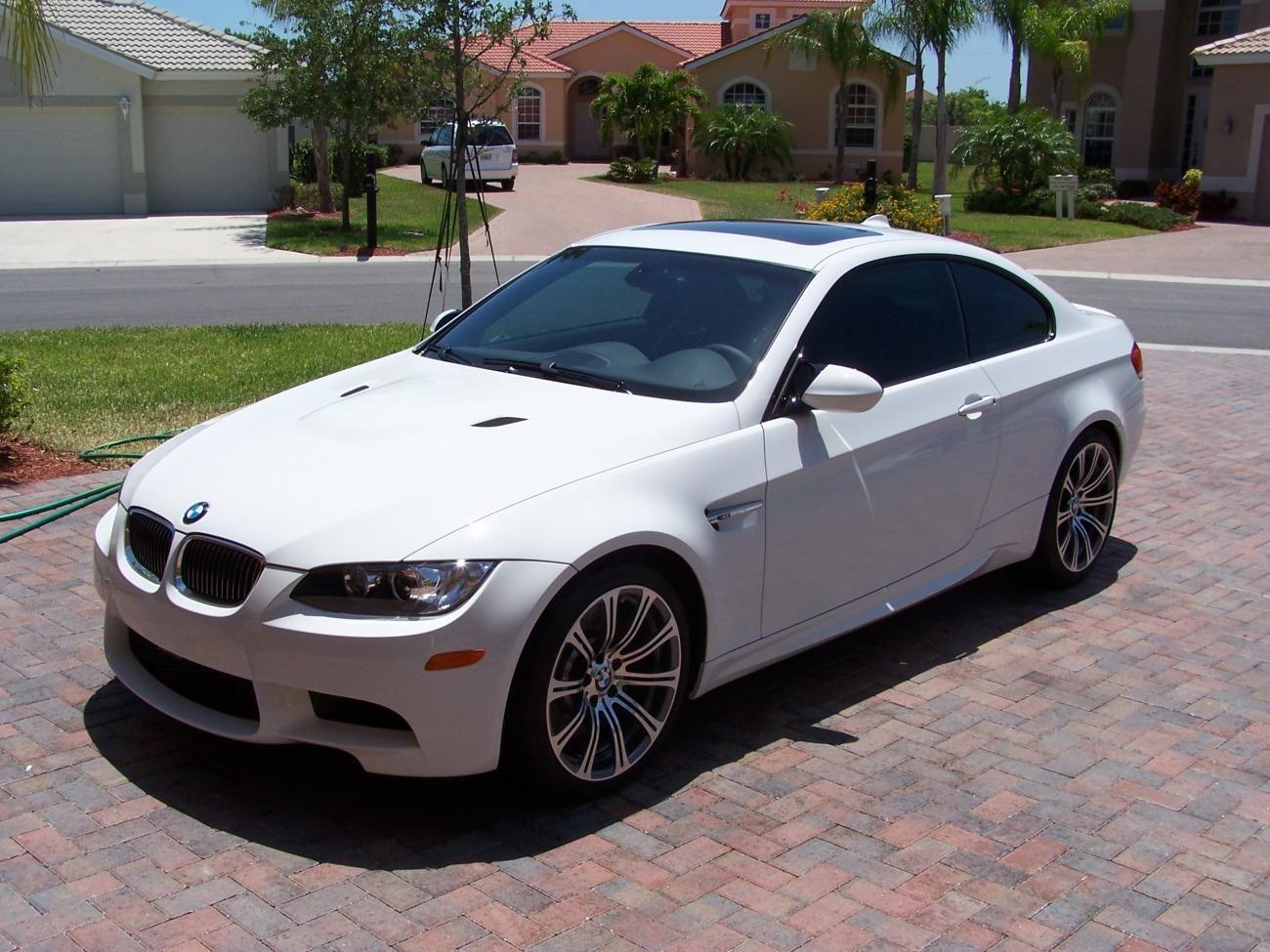 2011 White BMW M3