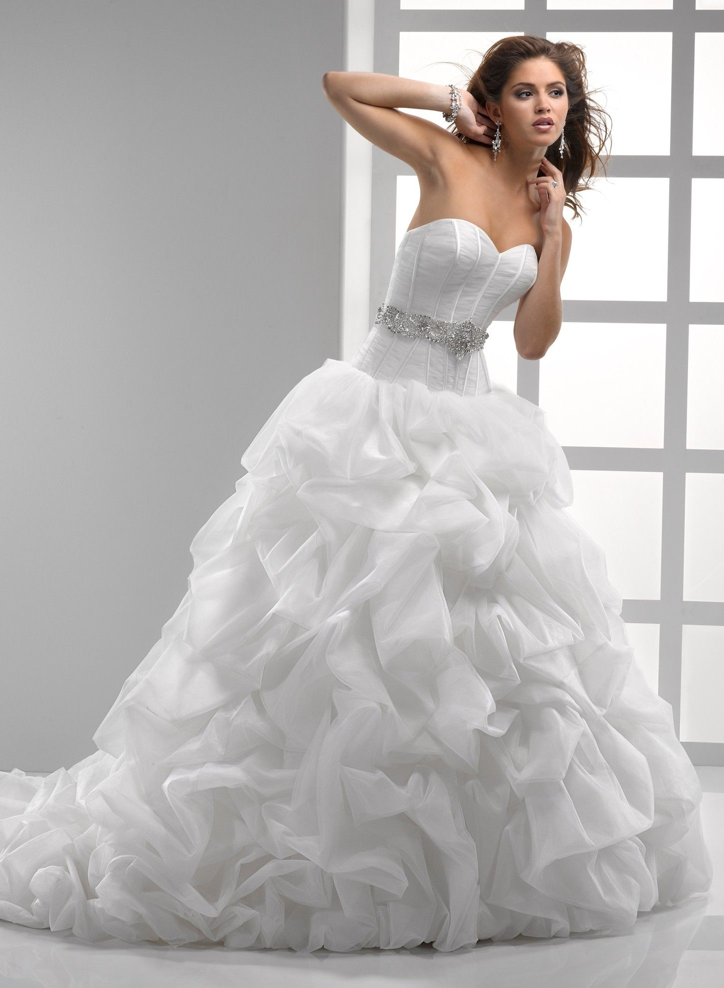 Fancy  winterwhitebridal Great bridal marketplace and listing site for Preowned Wedding Dresses