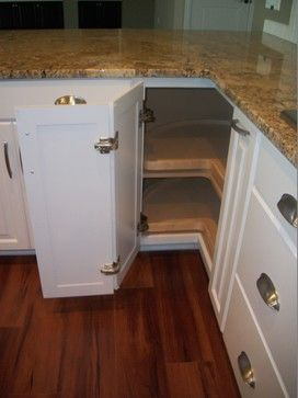 """Waypoint Cabinets"" Maple Square Linen Design Ideas"