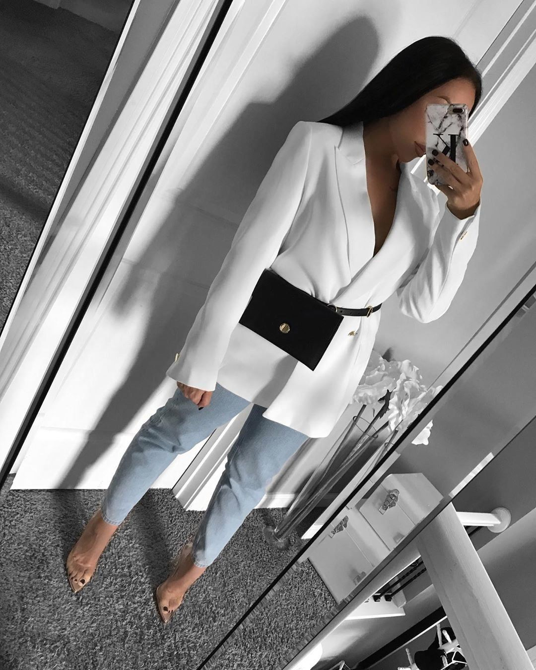"""Karolina Cruz on Instagram: """"Heels @luxetokill 🖤 . . . . . ootd~ SHOP MY LOOK at @21buttons_us click link in bio 🖤 . . . . . . . . . . .  #outfitinspiration #mylook…"""" 