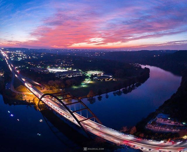 Beautiful sky for the Lake Austin Boat Trail of Lights at the