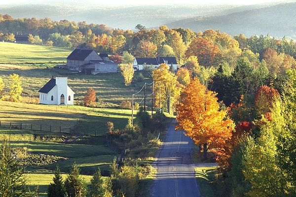 Autumn countryside in USA | East coast road trip, Cool places to visit,  Quebec