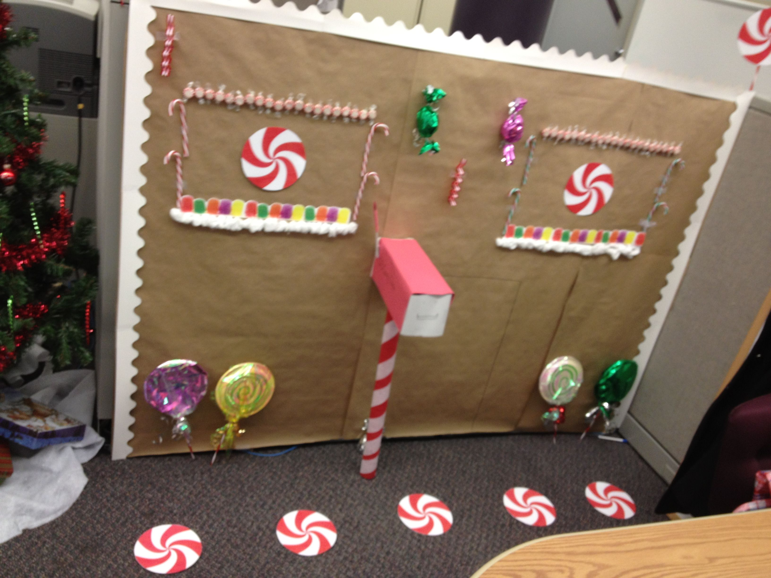 Decorate your cubicle for christmas with dollar store for Cubicle decoration xmas