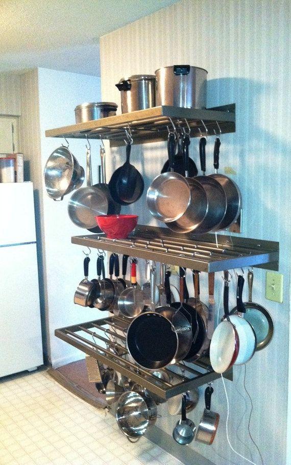 Wall Mount Pot And Pan Rack Almacenaje De Cocina Organizar Cocinas Pequenas Diseno Muebles De Cocina