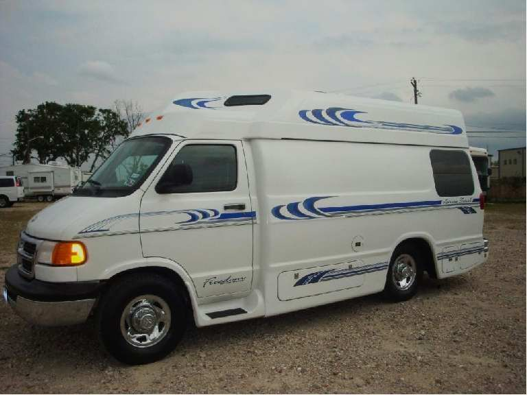 Used Camper Van Model Used Leisure Travel Freedom For Sale