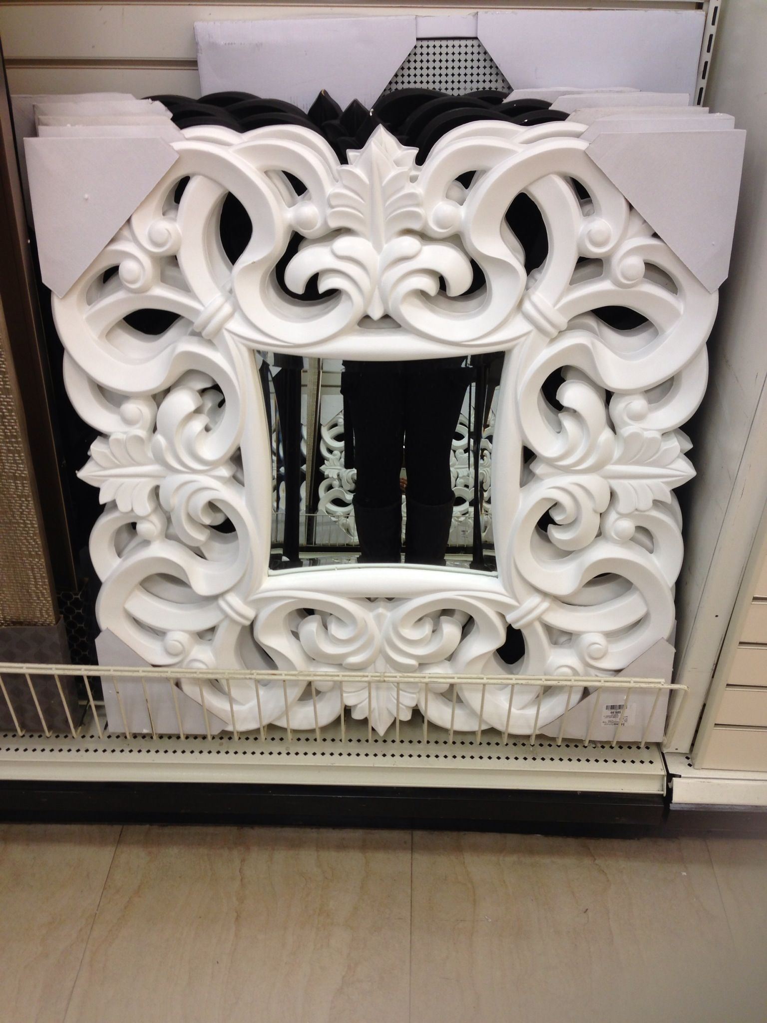 Decorative mirror homesense canada decor home for Home decor canada
