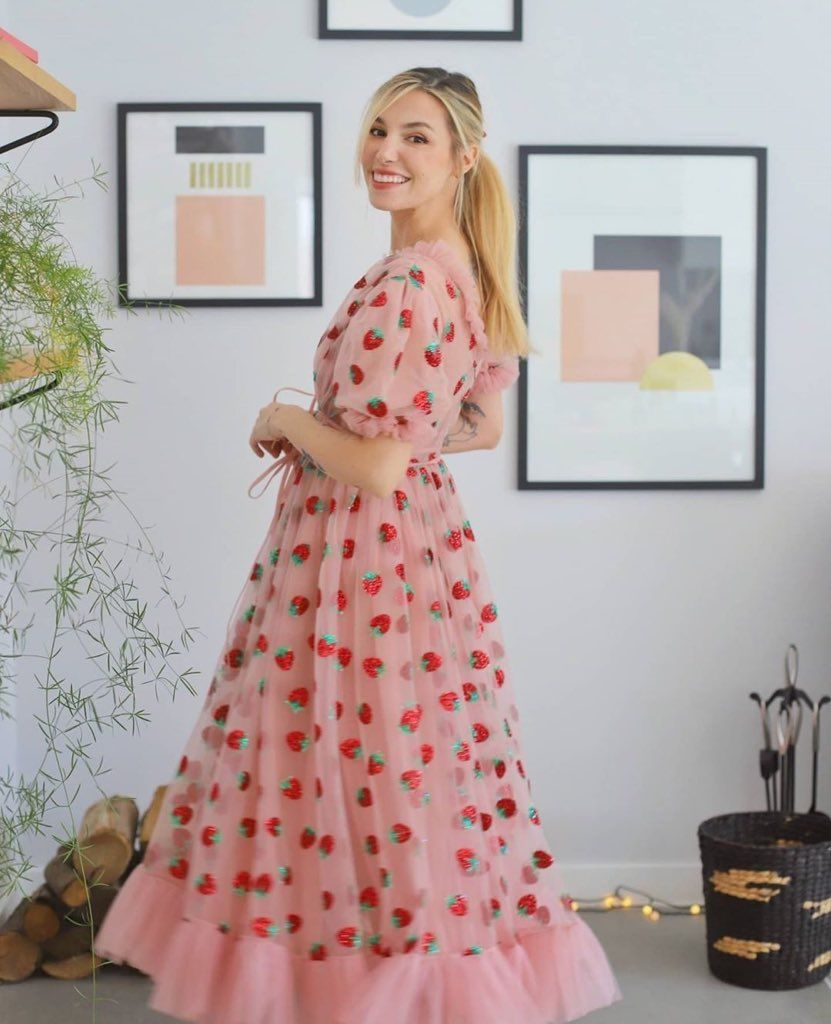 Strawberry Midi Dress Lirika Matoshi Strawberry Dress Marzia Bisognin Style Korean Fashion Dress [ 1024 x 831 Pixel ]